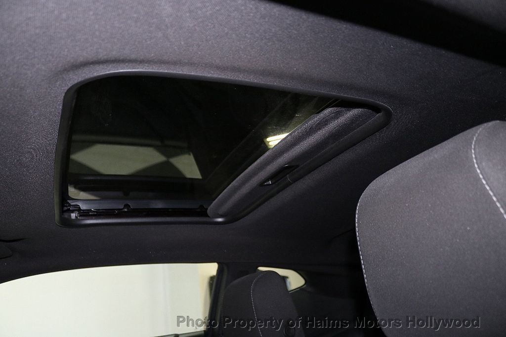 2018 Chevrolet Camaro 2dr Coupe LT w/1LT - 18246123 - 16