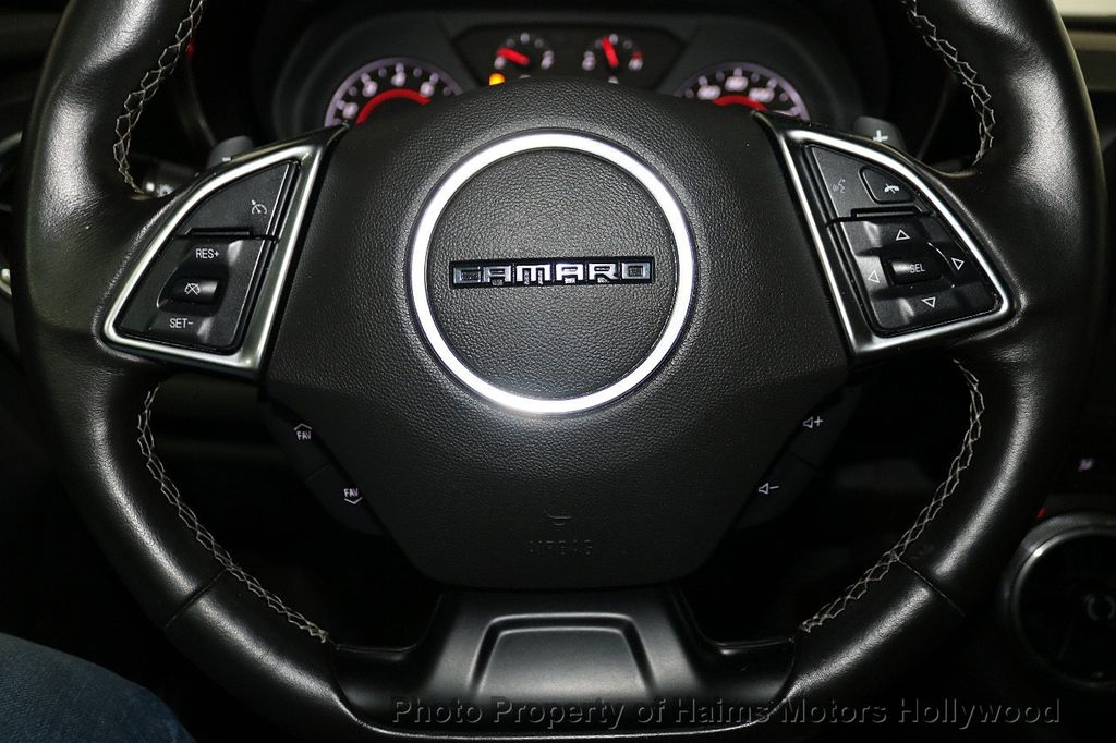2018 Chevrolet Camaro 2dr Coupe LT w/1LT - 18246123 - 24