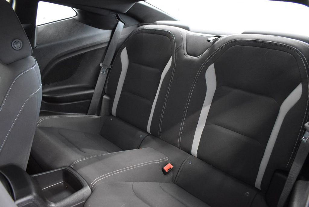 2018 Chevrolet Camaro 2dr Coupe LT w/1LT - 18546505 - 13