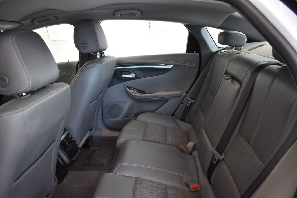 2018 Chevrolet Impala 4dr Sedan LT w/1LT - 18110997 - 12