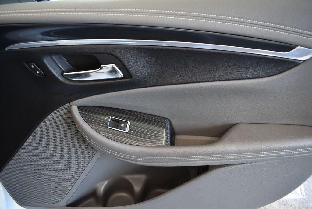 2018 Chevrolet Impala 4dr Sedan LT w/1LT - 18110997 - 25