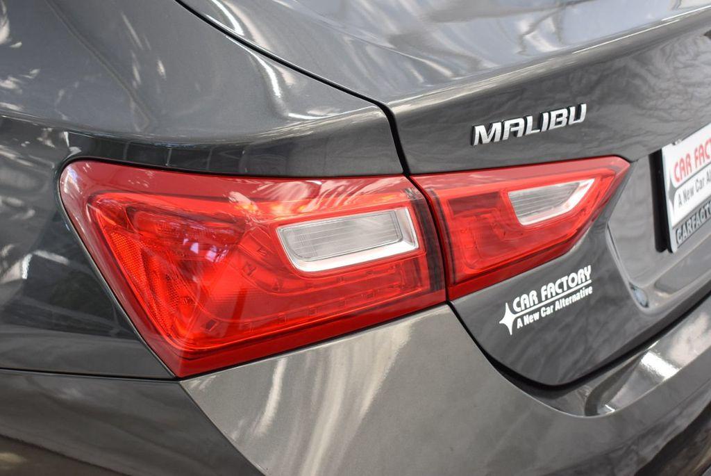 2018 Chevrolet Malibu 4dr Sedan LT w/1LT - 18637799 - 4