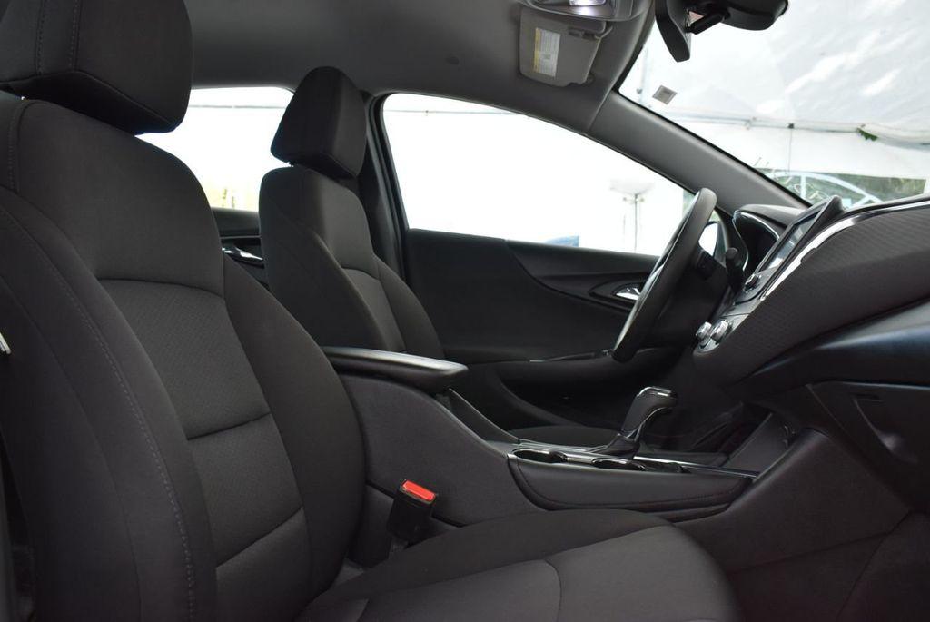 2018 Chevrolet Malibu 4dr Sedan LT w/1LT - 18716051 - 14
