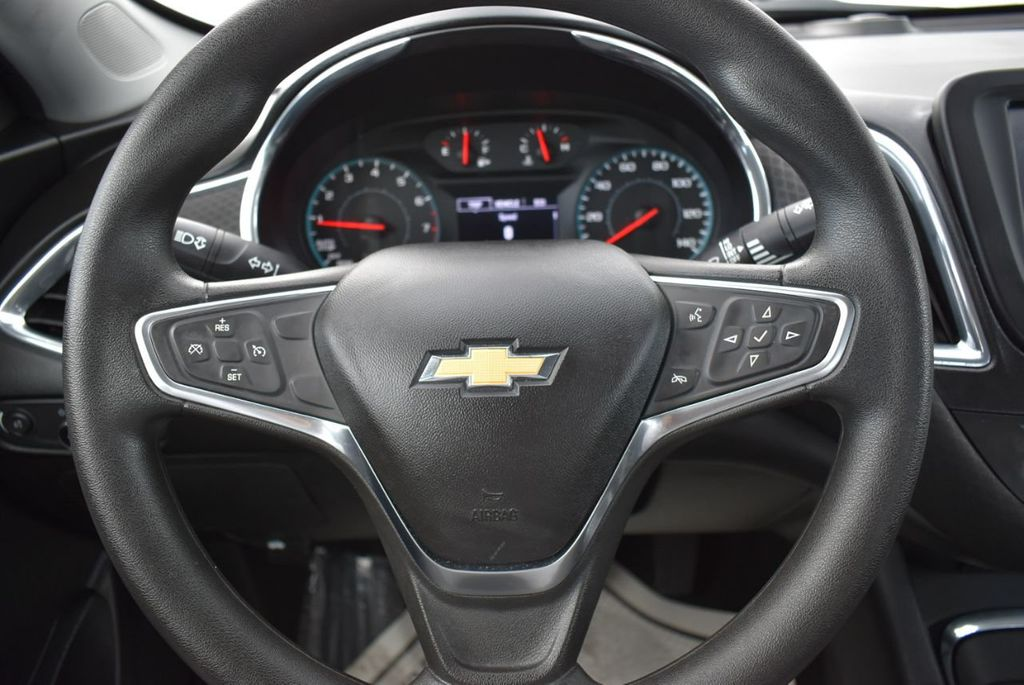 2018 Chevrolet Malibu 4dr Sedan LT w/1LT - 18716051 - 19