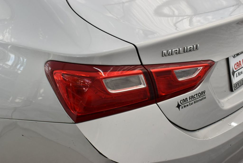 2018 Chevrolet Malibu 4dr Sedan LT w/1LT - 18716051 - 4