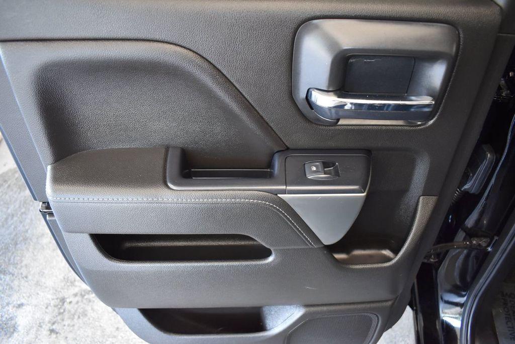 "2018 Chevrolet Silverado 1500 2WD Double Cab 143.5"" LT w/1LT - 18093608 - 11"