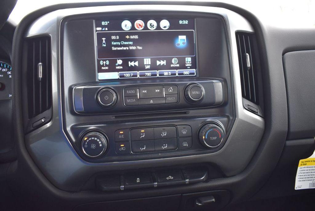 "2018 Chevrolet Silverado 1500 2WD Double Cab 143.5"" LT w/1LT - 18637800 - 15"