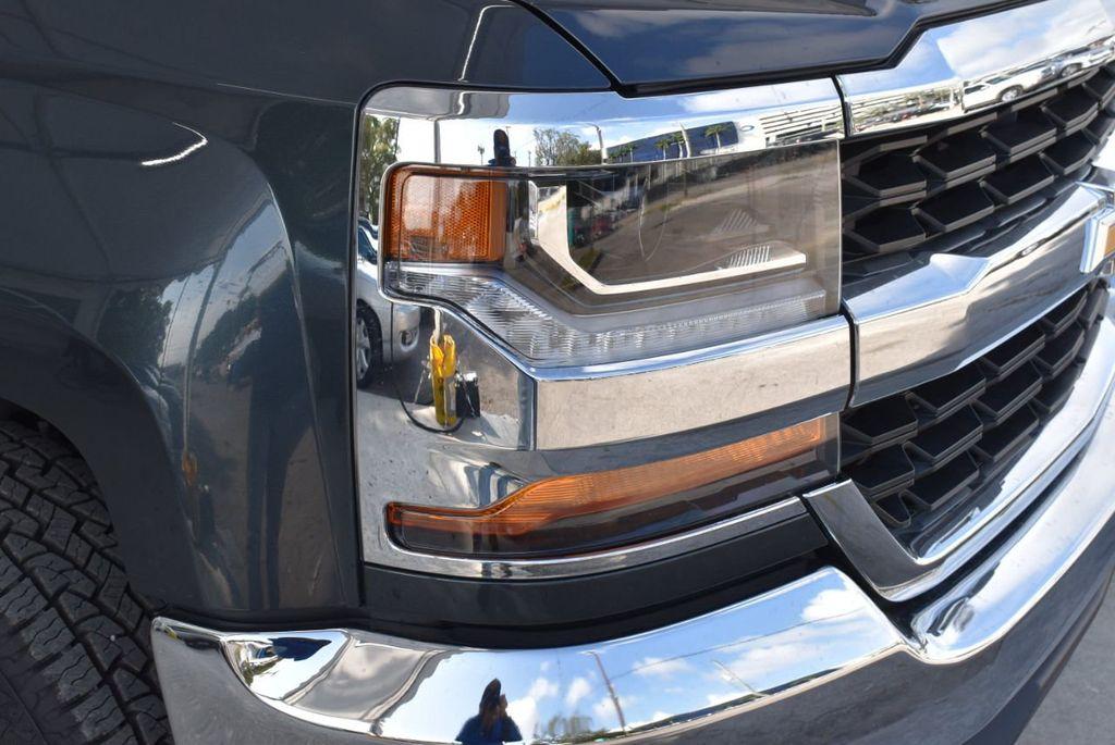 "2018 Chevrolet Silverado 1500 2WD Double Cab 143.5"" LT w/1LT - 18637800 - 1"