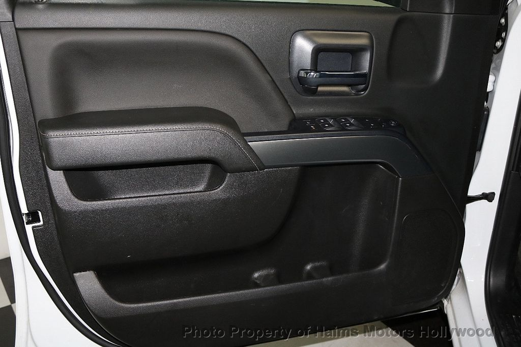 "2018 Chevrolet Silverado 1500 2WD Double Cab 143.5"" LT w/1LT - 17662946 - 9"