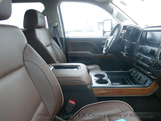 2018 Chevrolet Silverado 3500HD High Country - 18606985 - 14