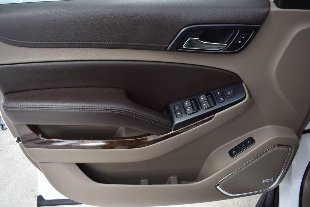 2018 Chevrolet Suburban 2WD 4dr 1500 LT - 18432674 - 13