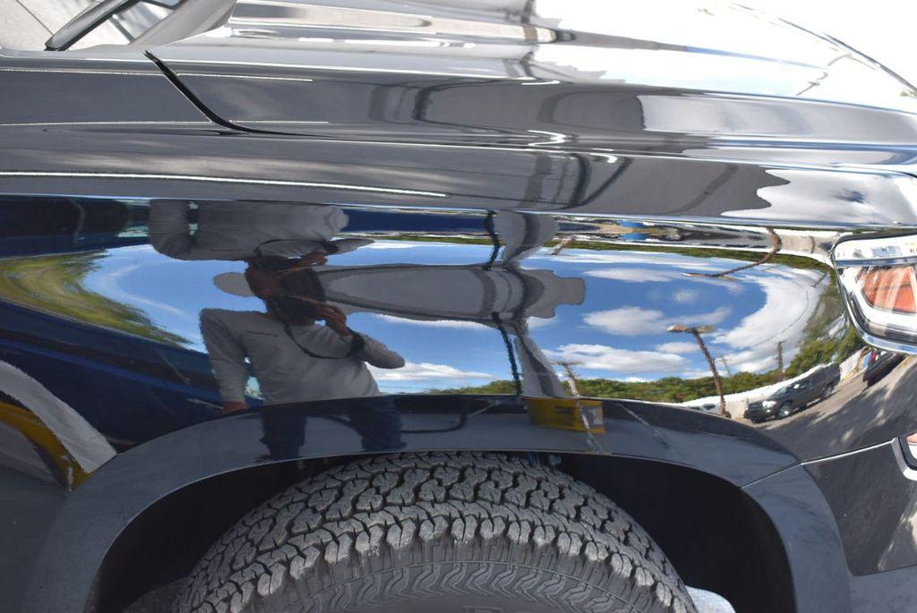 2018 Chevrolet Suburban 2WD 4dr 1500 LT - 18432675 - 9
