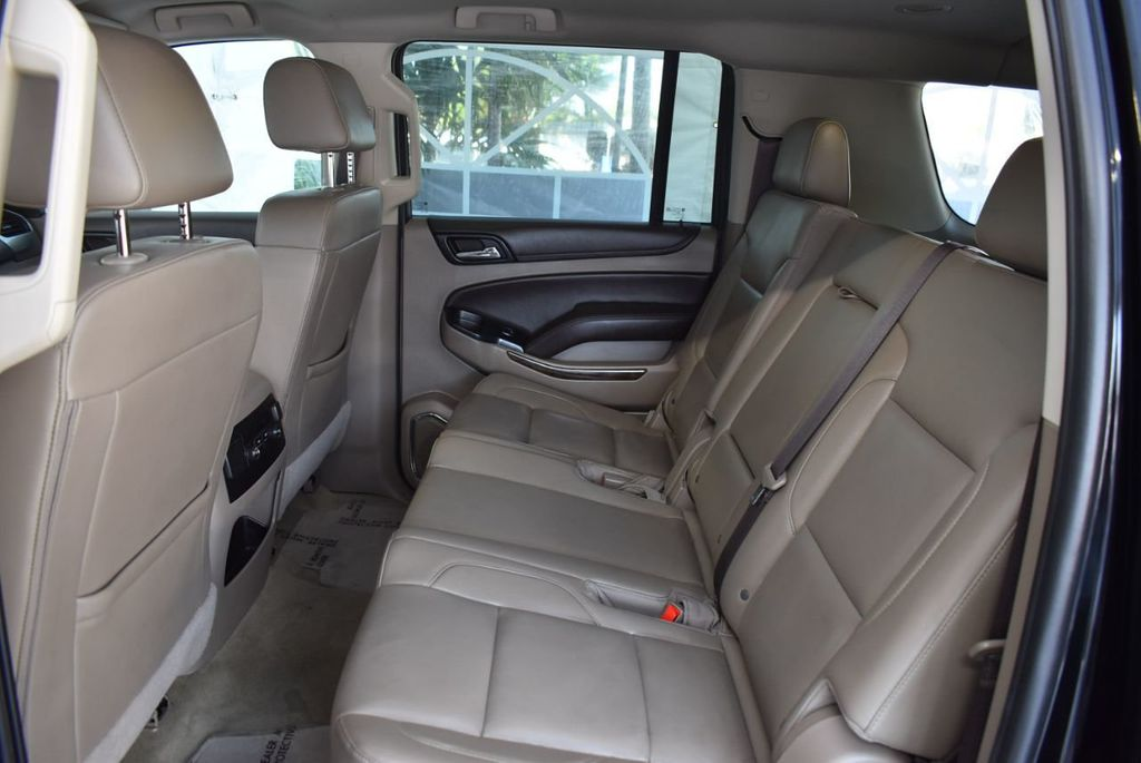 2018 Chevrolet Suburban 2WD 4dr 1500 LT - 18497644 - 10