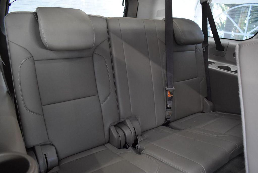 2018 Chevrolet Suburban 2WD 4dr 1500 LT - 18497644 - 22