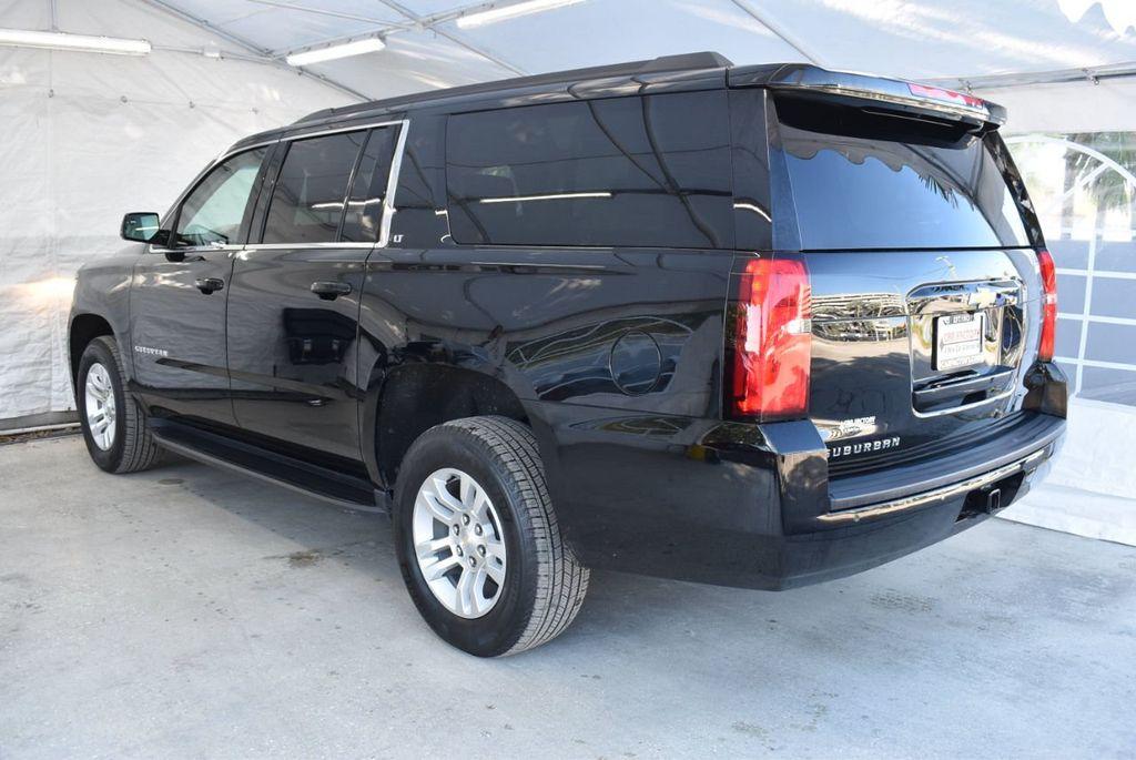 2018 Chevrolet Suburban 2WD 4dr 1500 LT - 18497644 - 3