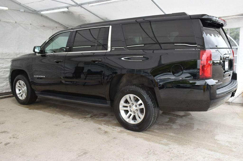 2018 Chevrolet Suburban 2WD 4dr 1500 LT - 18712657 - 3