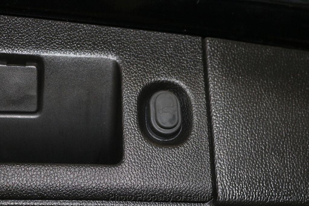 2018 Chevrolet Suburban 2WD 4dr 1500 LT - 18050670 - 9