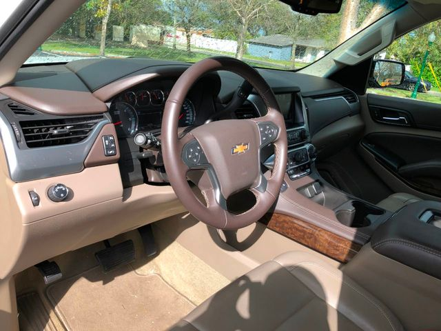 2018 Chevrolet Suburban 2WD 4dr 1500 LT - Click to see full-size photo viewer