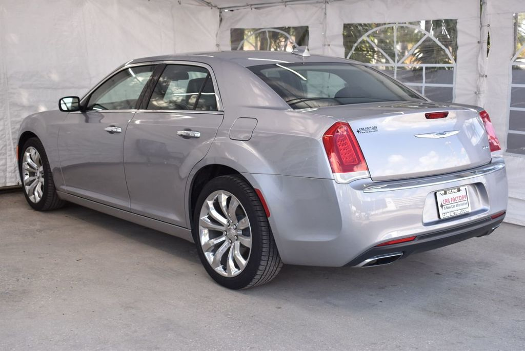 2018 Chrysler 300 Limited RWD - 18415848 - 5