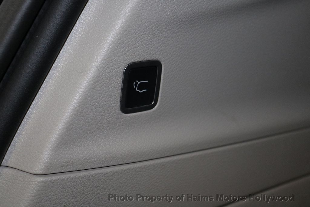 2018 Chrysler Pacifica Touring L FWD - 18668161 - 9