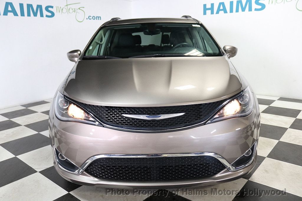 2018 Chrysler Pacifica Touring L FWD - 18668161 - 2