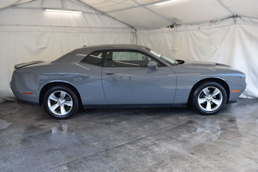 2018 Dodge Challenger R/T Coupe - 18056337 - 2