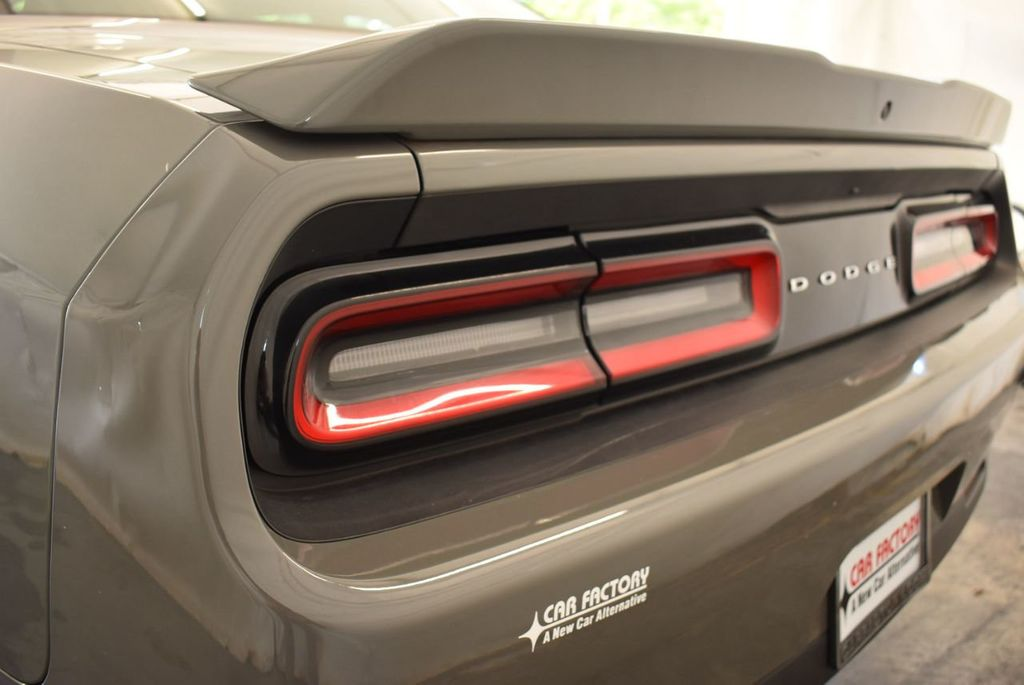2018 Dodge Challenger R/T Coupe - 18056337 - 5