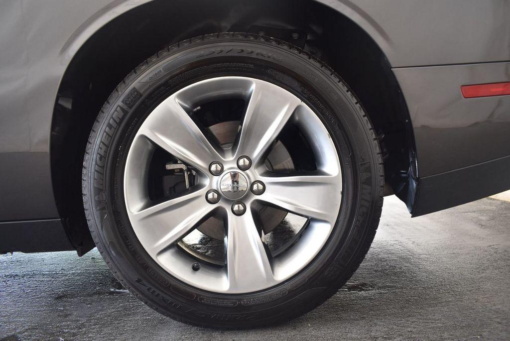 2018 Dodge Challenger R/T RWD - 18056336 - 10