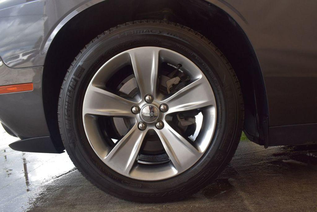 2018 Dodge Challenger R/T RWD - 18056336 - 11