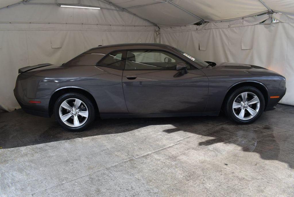 2018 Dodge Challenger R/T RWD - 18056336 - 2