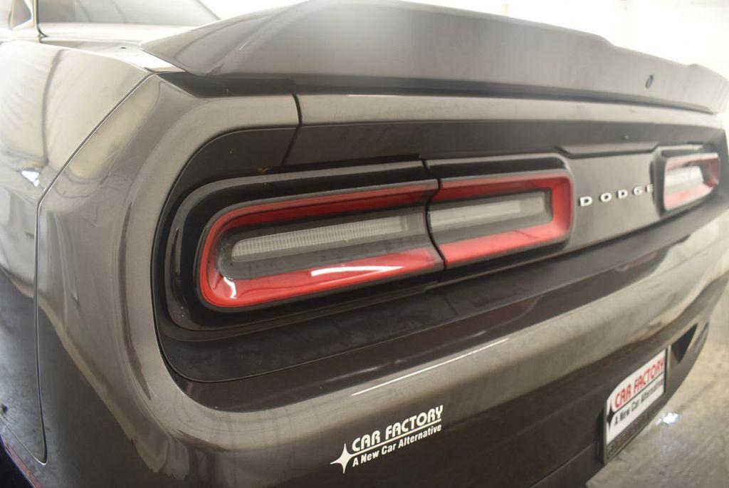 2018 Dodge Challenger R/T RWD - 18056336 - 6