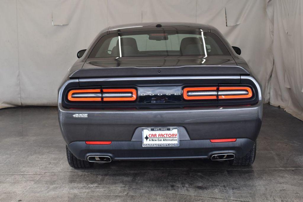 2018 Dodge Challenger R/T RWD - 18056336 - 7