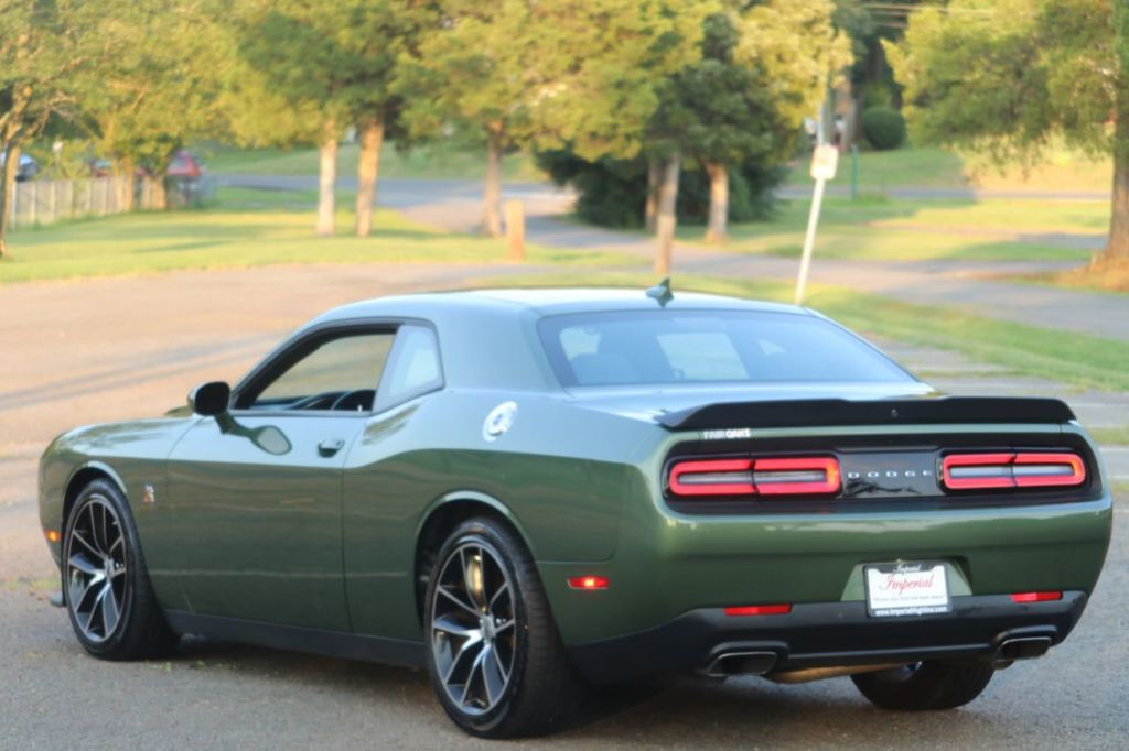 2018 Dodge Challenger R/T Scat Pack Coupe - 19222110 - 4