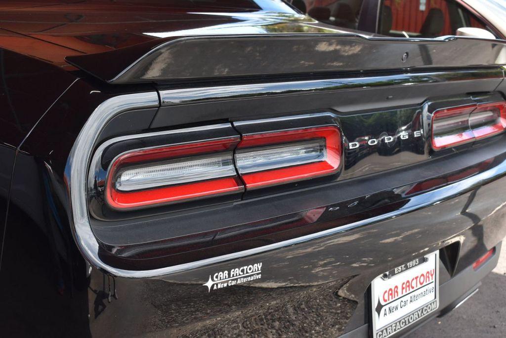 2018 Dodge Challenger SXT Coupe - 18056338 - 5