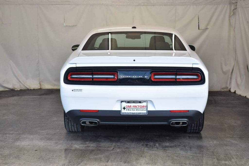 2018 Dodge Challenger SXT RWD - 18078916 - 7