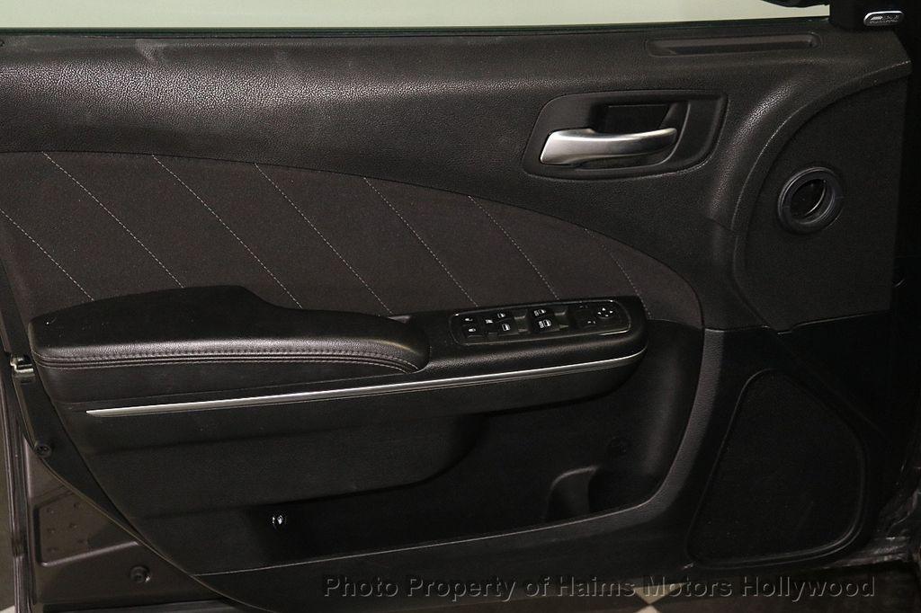 2018 Dodge Charger SXT Plus RWD - 18183615 - 9