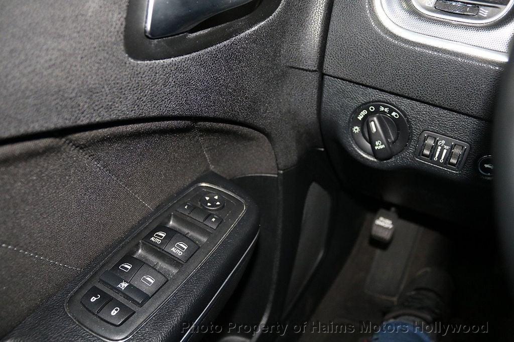 2018 Dodge Charger SXT Plus RWD - 18183615 - 22