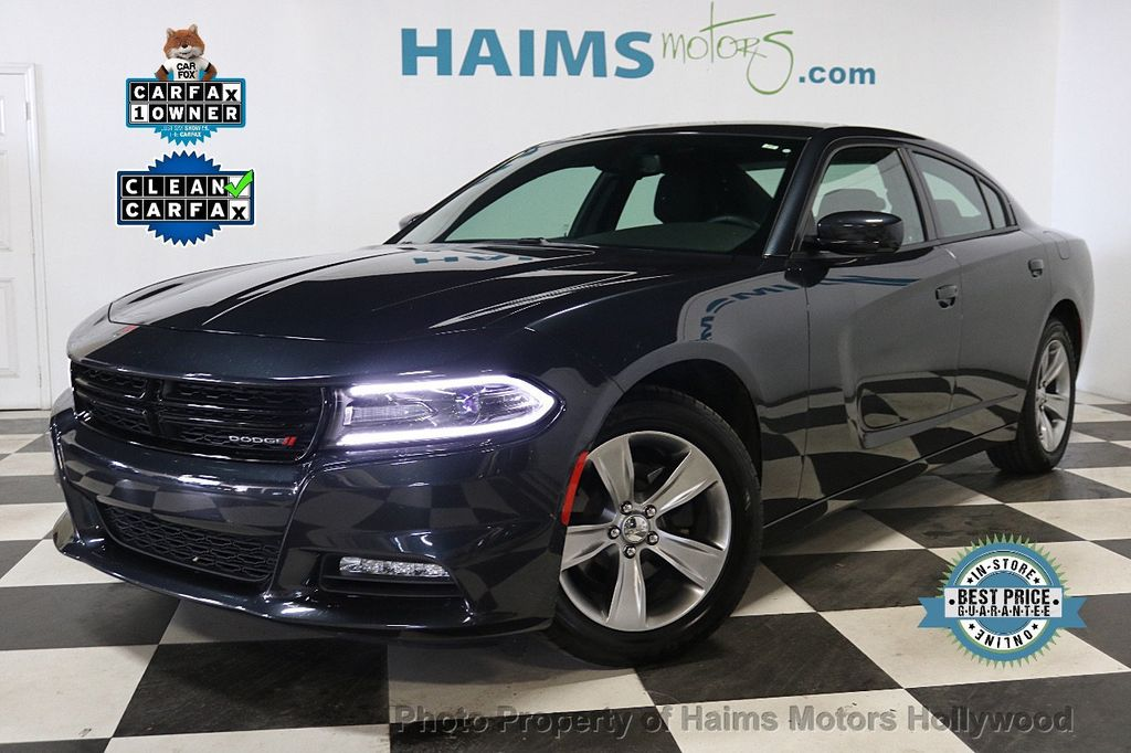 2018 Dodge Charger SXT Plus RWD - 18512811 - 0