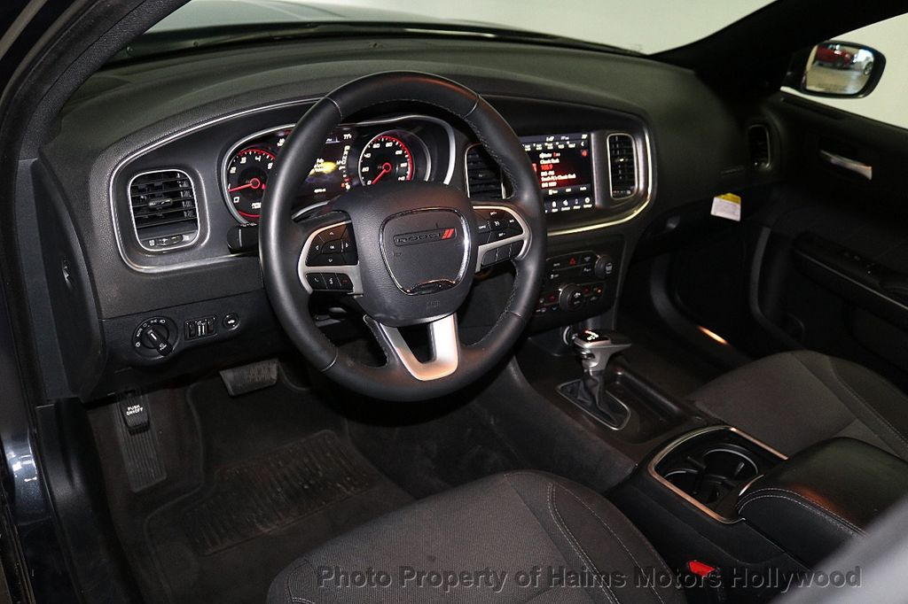 2018 Dodge Charger SXT Plus RWD - 18512811 - 17