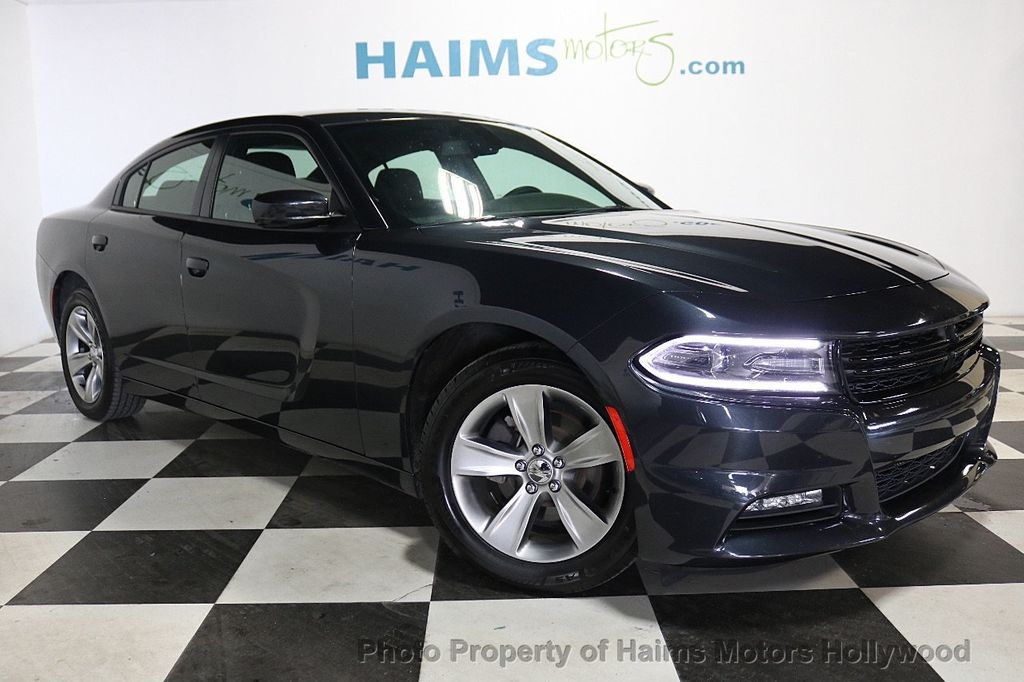 2018 Dodge Charger SXT Plus RWD - 18512811 - 3