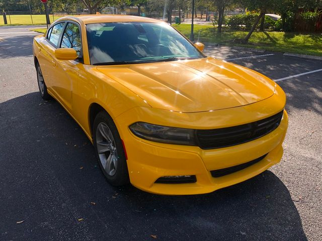 2018 Dodge Charger SXT Plus RWD - Click to see full-size photo viewer