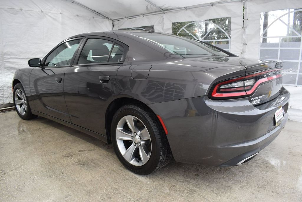 2018 Dodge Charger SXT Plus RWD - 18571139 - 3