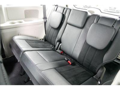2018 Dodge Grand Caravan SXT Wagon Van - Click to see full-size photo viewer