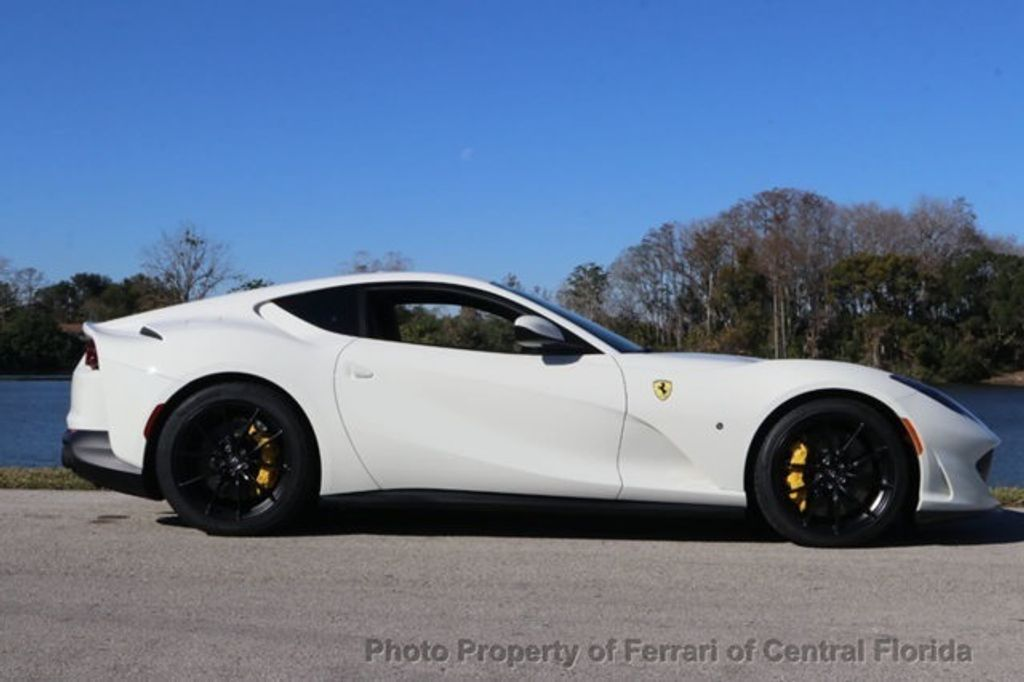 2018 Ferrari 812 Superfast Coupe - 18563043 - 10