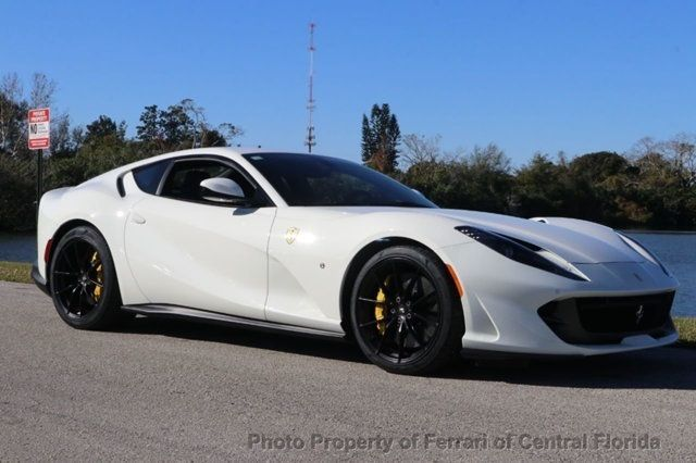 2018 Ferrari 812 Superfast Coupe - 18563043 - 11