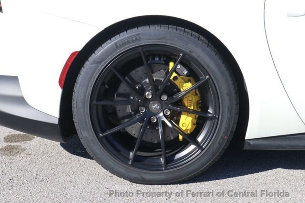 2018 Ferrari 812 Superfast Coupe - 18563043 - 15
