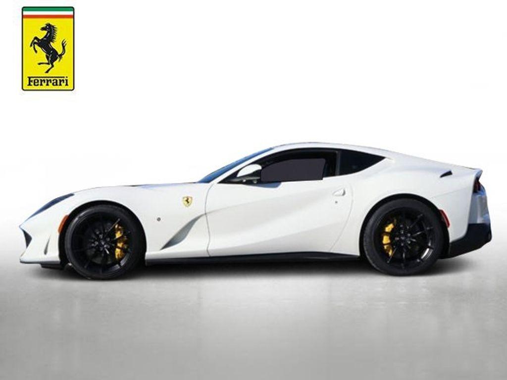 2018 Ferrari 812 Superfast Coupe - 18563043 - 2