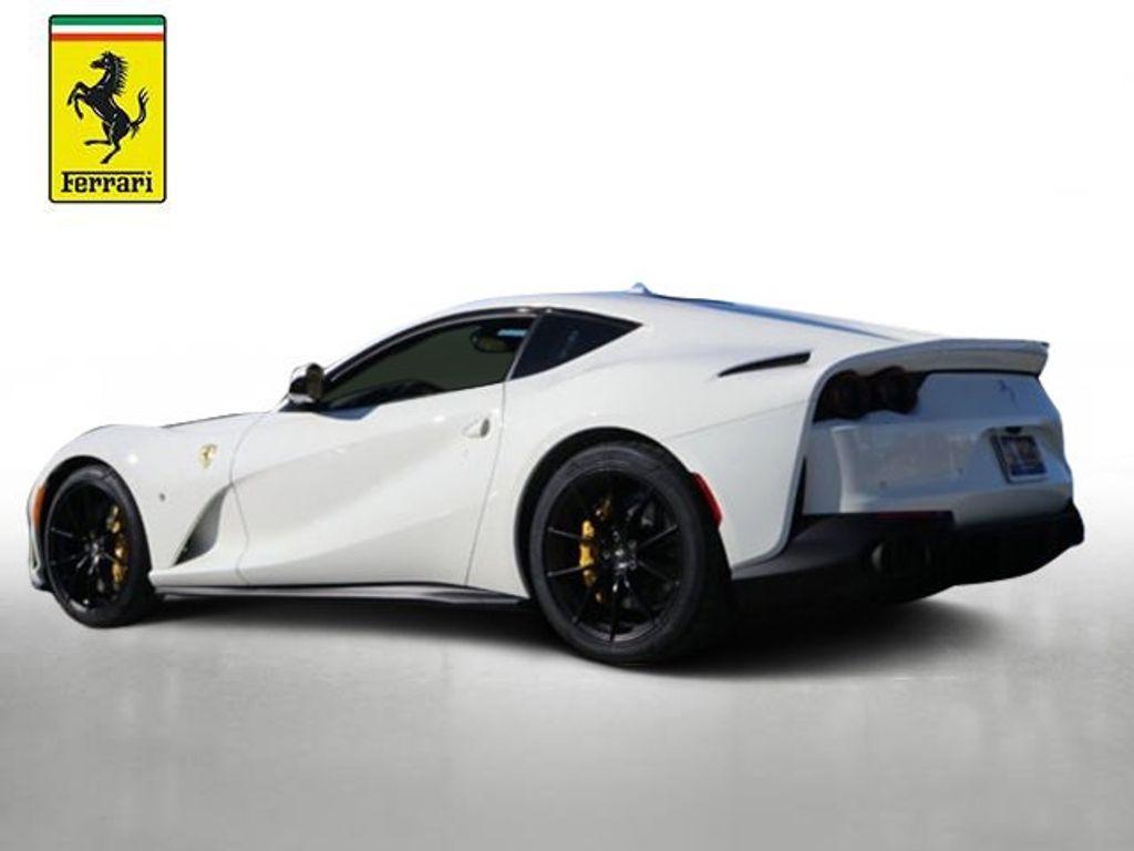 2018 Ferrari 812 Superfast Coupe - 18563043 - 3