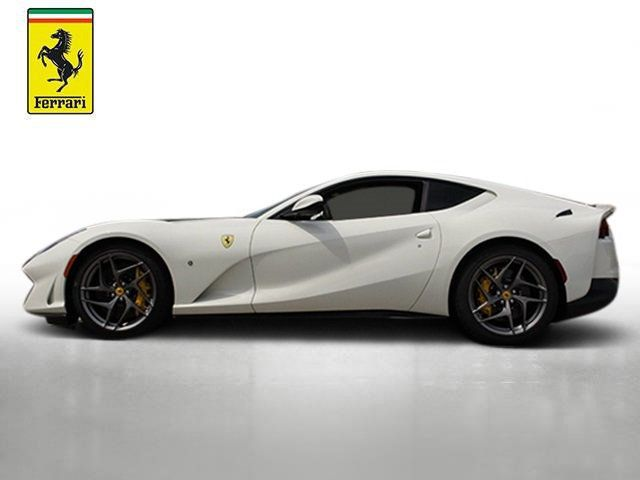 2018 Ferrari 812 Superfast Coupe - 19355875 - 1