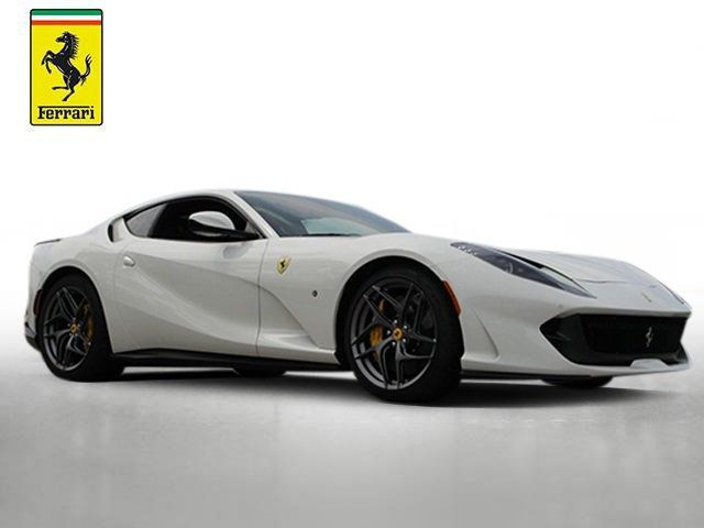 2018 Ferrari 812 Superfast Coupe - 19355875 - 6